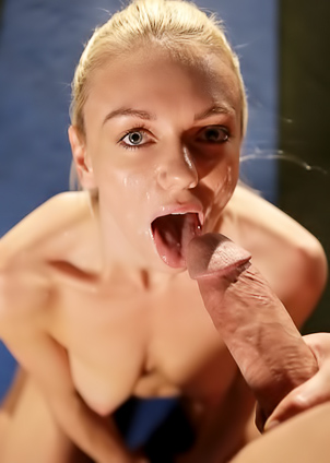 Holly Mae gets drilled by her trainer outside